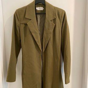 😁 Mid length olive green blazer